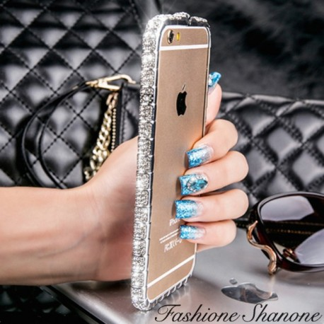 Contour diamond phone case