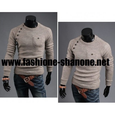 Pull beige col rond avec boutons