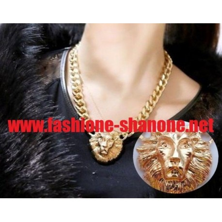 Collier tête de lion
