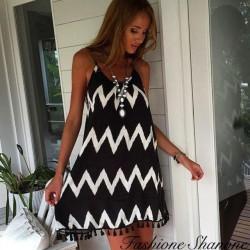 Zig zag dress with fringes