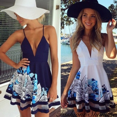 Flowered flared dress with plunging neckline