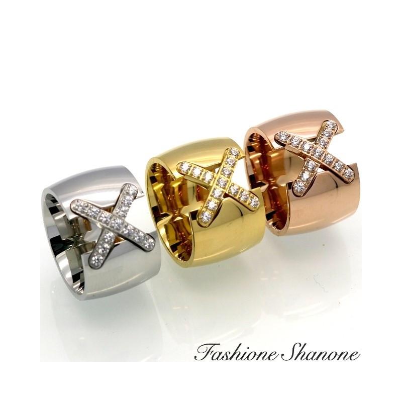 Bague avec croix en diamant