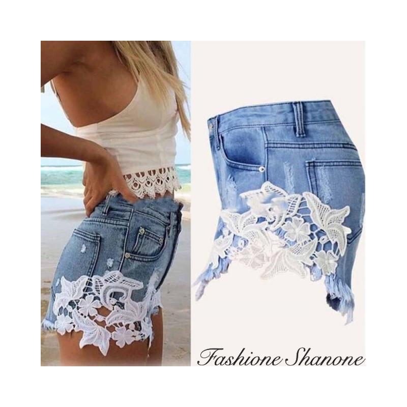 Fashione Shanone - Denim shorts with lace
