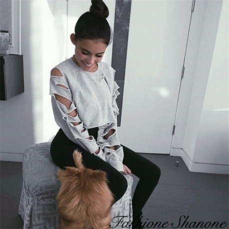 Fashione Shanone - Crop sweatshirt with holed sleeves