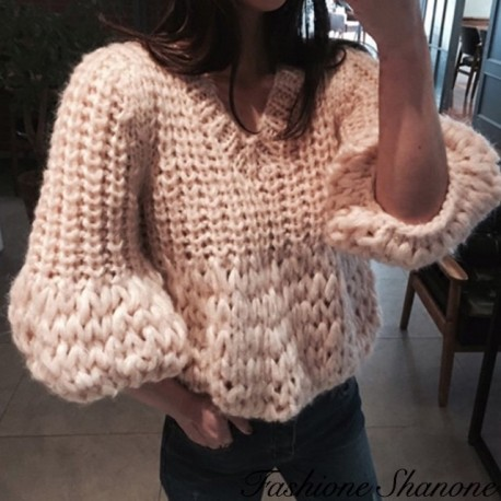 Fashione Shanone - Beige sweater with flared sleeves