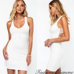 Fashione Shanone - Robe blanche avec dos décolleté