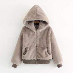 Fashione Shanone - Manteau en fourrure avec capuche