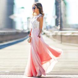 Fashione Shanone - Robe longue rose avec dentelle blanche