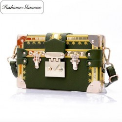 Fashione Shanone - Limited stock - Small trunk with shoulder strap