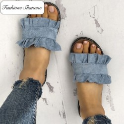 Limited stock - Ruffle sandals