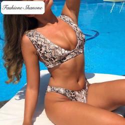 Fashione Shanone - Plunging neckline snake bikini
