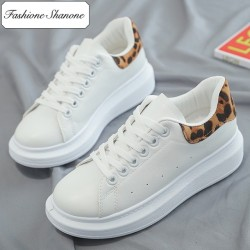 Fashione Shanone - White sneakers with thick soles