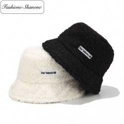 Fashione Shanone - Teddy bear bucket hat