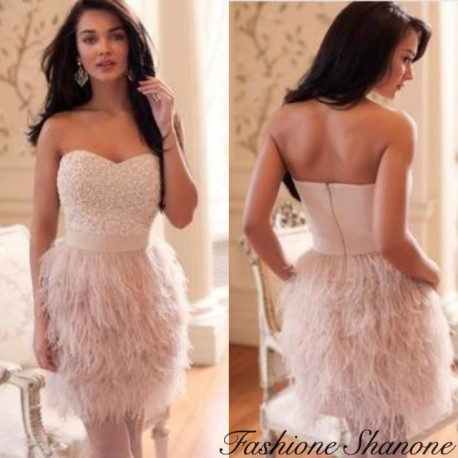 Robe rose bustier à plumes