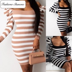 Fashione Shanone - Striped dress with puffed sleeves