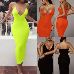 Fashione Shanone | Maxi dress with plunging neckline