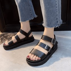 Fashione Shanone | Flat sandals with straps