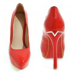 Red bottom pumps