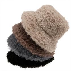 Fashione Shanone | Curly fur bucket hat