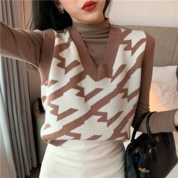 Fashione Shanone | Brown and white sleeveless sweater