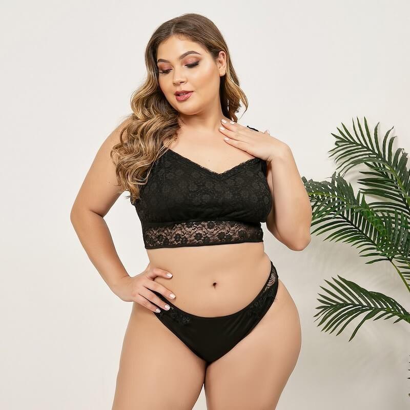 Fashione Shanone   Plus size bra and panty set