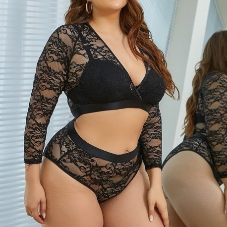 Fashione Shanone | Plus size lace bra and panty set