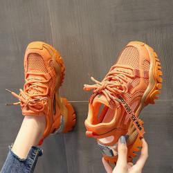 Sneakers oranges