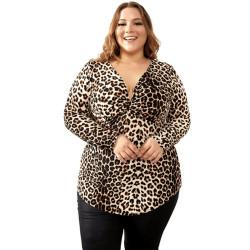Plus size leopard T-shirt