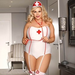 Tenue sexy infirmière grande taille