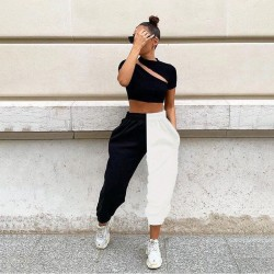 Pantalon jogging noir et blanc