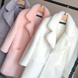 Manteau en fourrure long