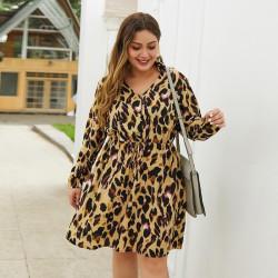 Robe léopard grande taille