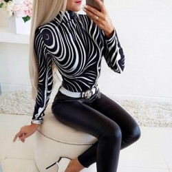 Long sleeves tight T-shirt