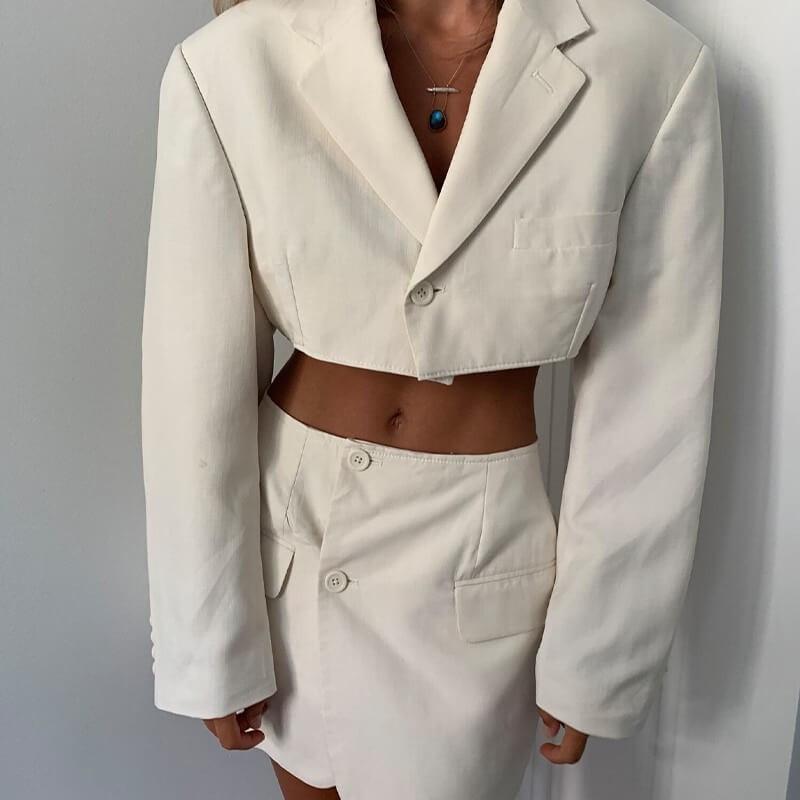 Ensemble blazer coupé en 2 veste et jupe