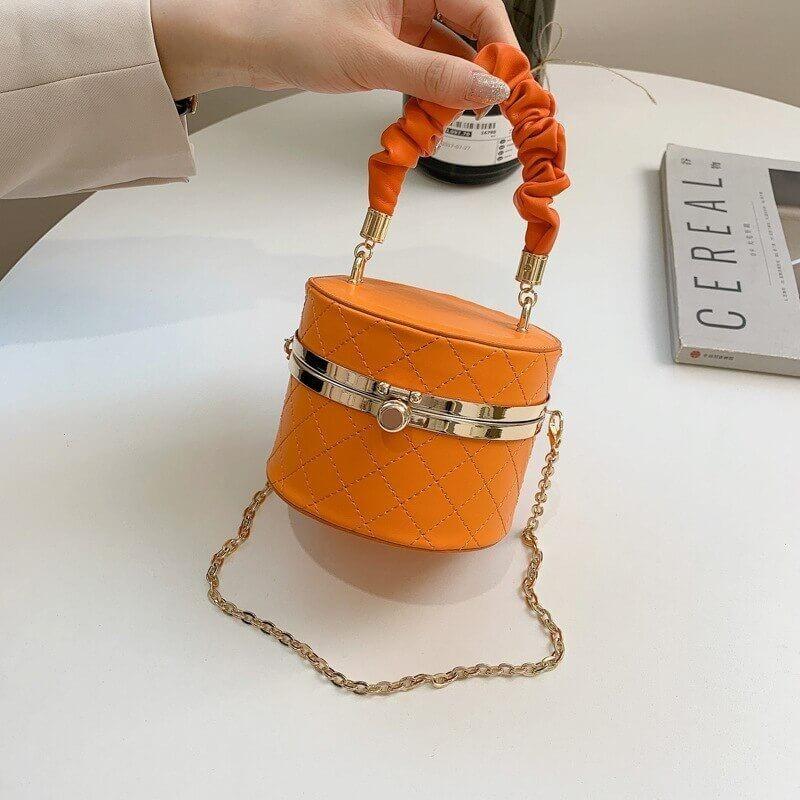 Cylindrical handbag