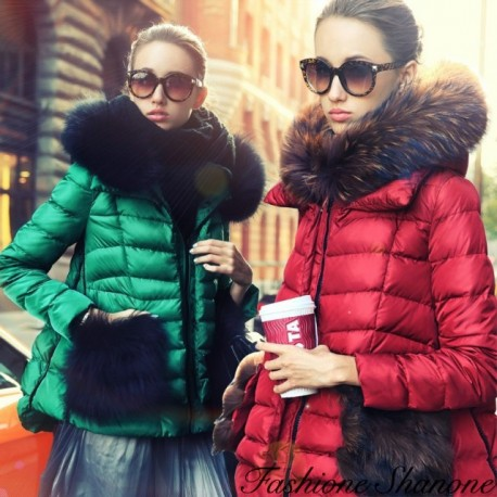 Down coat with hooded and pockets fur