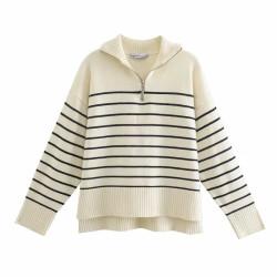 Loose sailor sweater with zipper