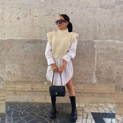 Sleeveless shoulder pad sweater