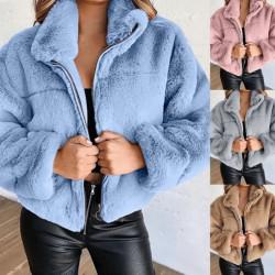 Fur coat with zipper
